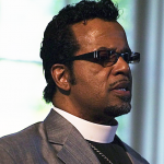Carlton_Pearson_speaking_square_crop